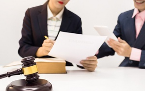 Представление в суд подложных документов ук рф